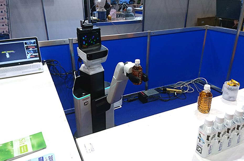2017国際ロボット展HSRスライド画像