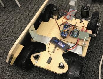 RTK測位を活用した屋外型自動走行ロボット